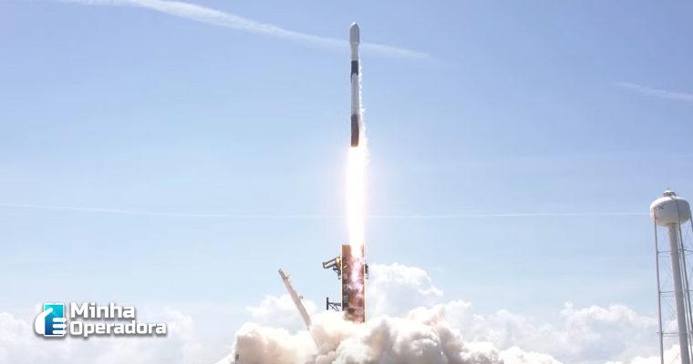 Em pleno 'Star Wars Day', SpaceX lança 60 satélites da rede Starlink